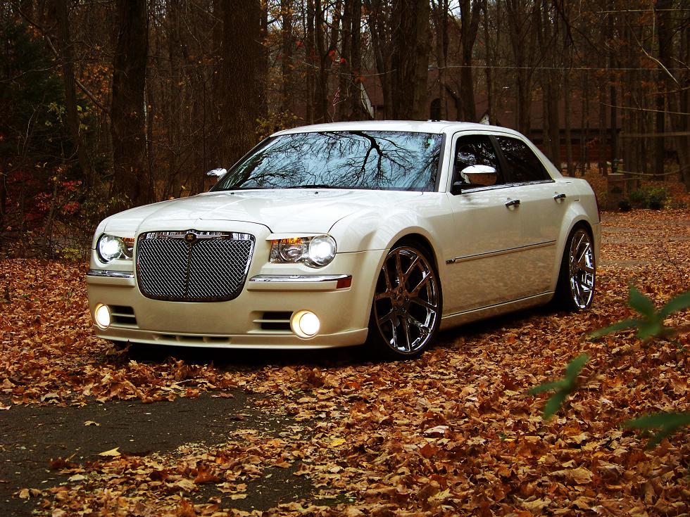 2006 Chrysler 300C Cool Vanilla
