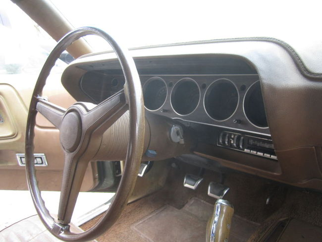1970-Challenger-340-Convertible-barn-find-11
