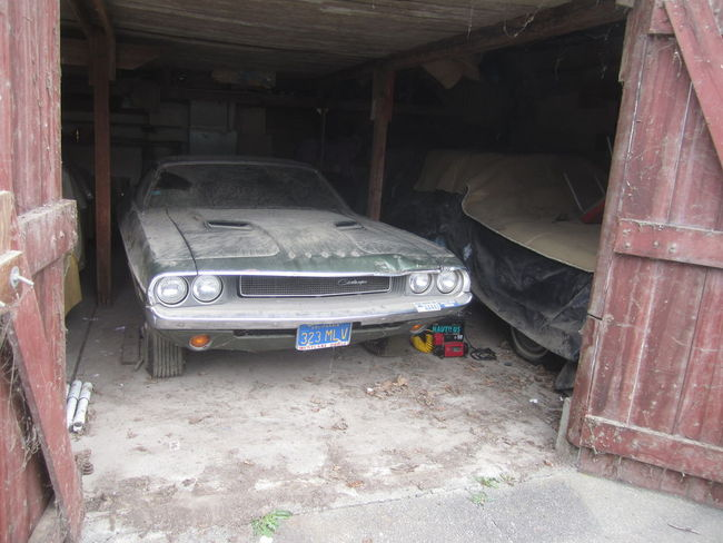 1970-Challenger-340-Convertible-barn-find