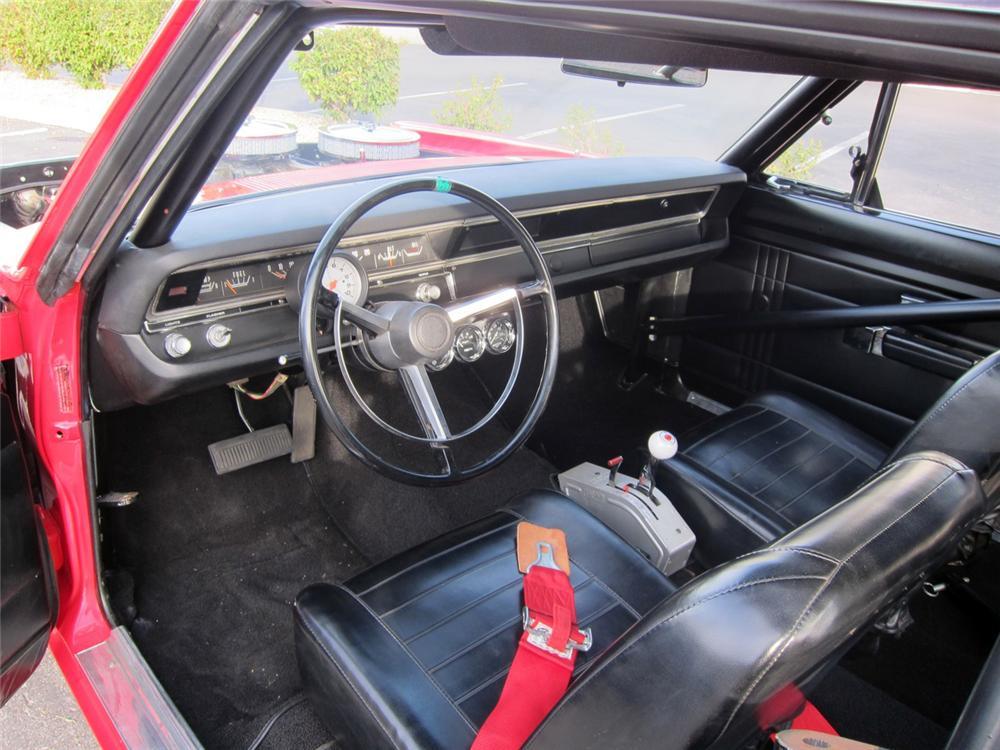 1968-Hemi-Dodge-Dart-4