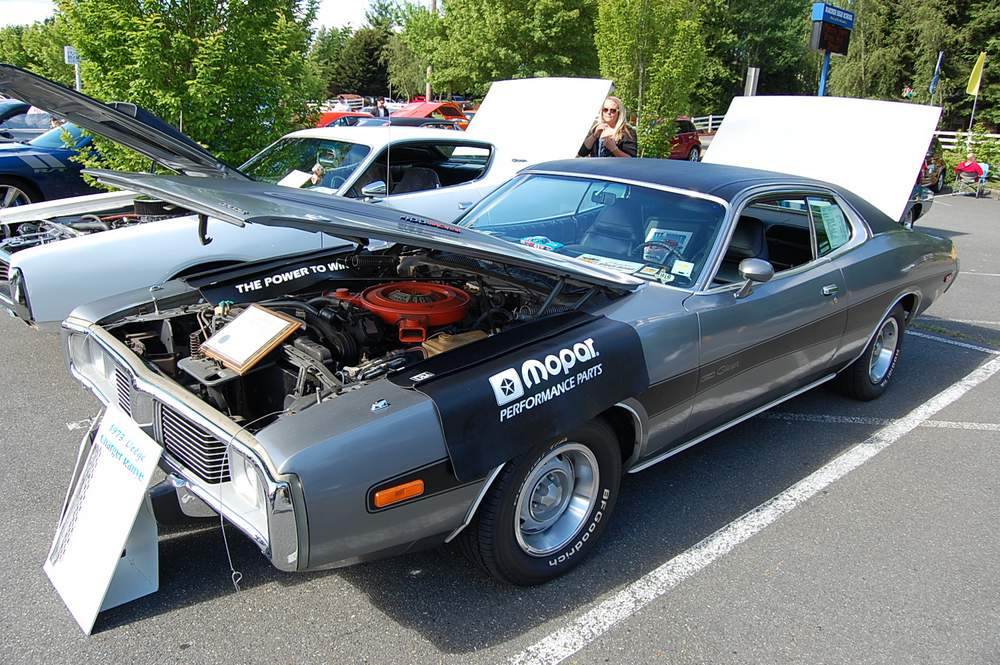 Dodge-Charger-2