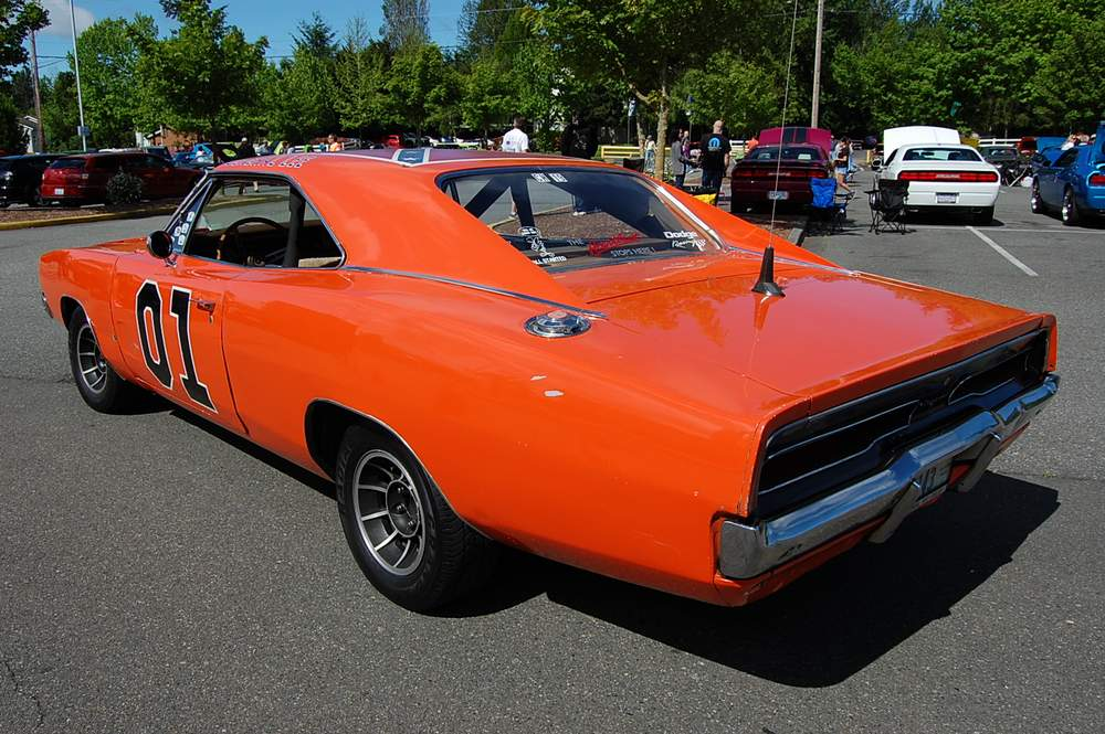 Dodge-Charger-General-Lee-3