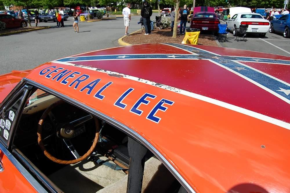 Dodge-Charger-General-Lee-4