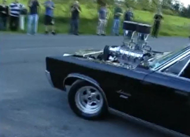 Mopar-burnout-blown-440