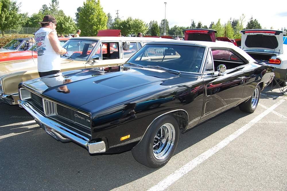black-1969-dodge-charger