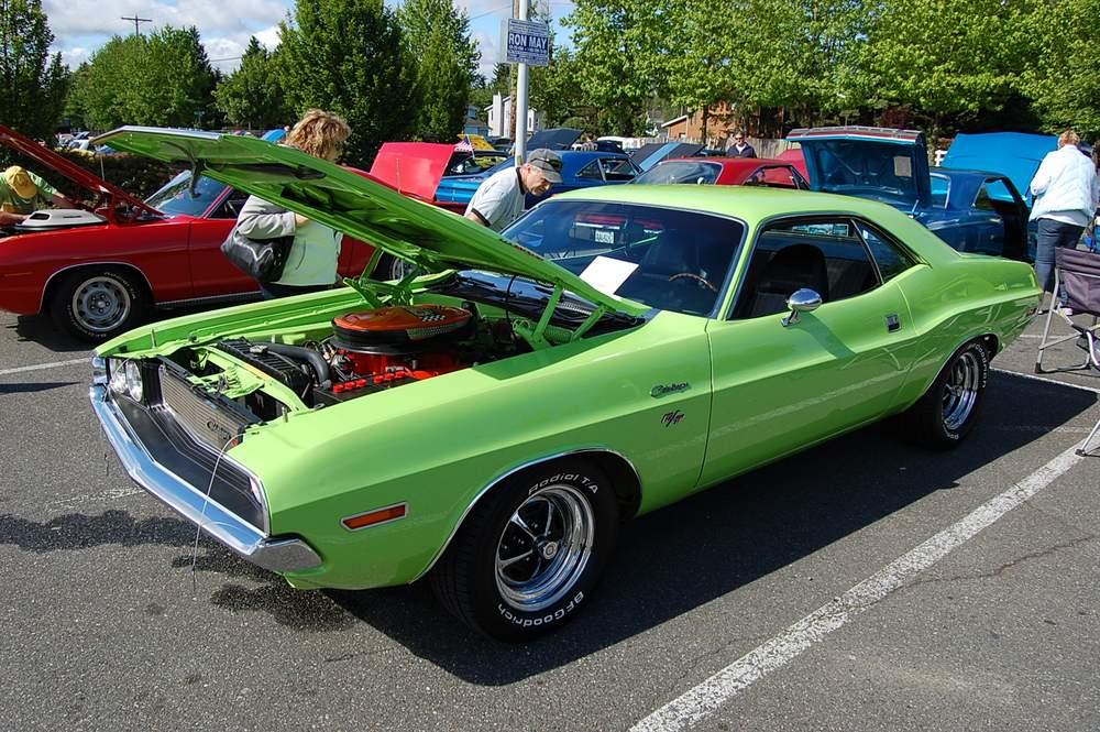 green-Dodge-Challenger