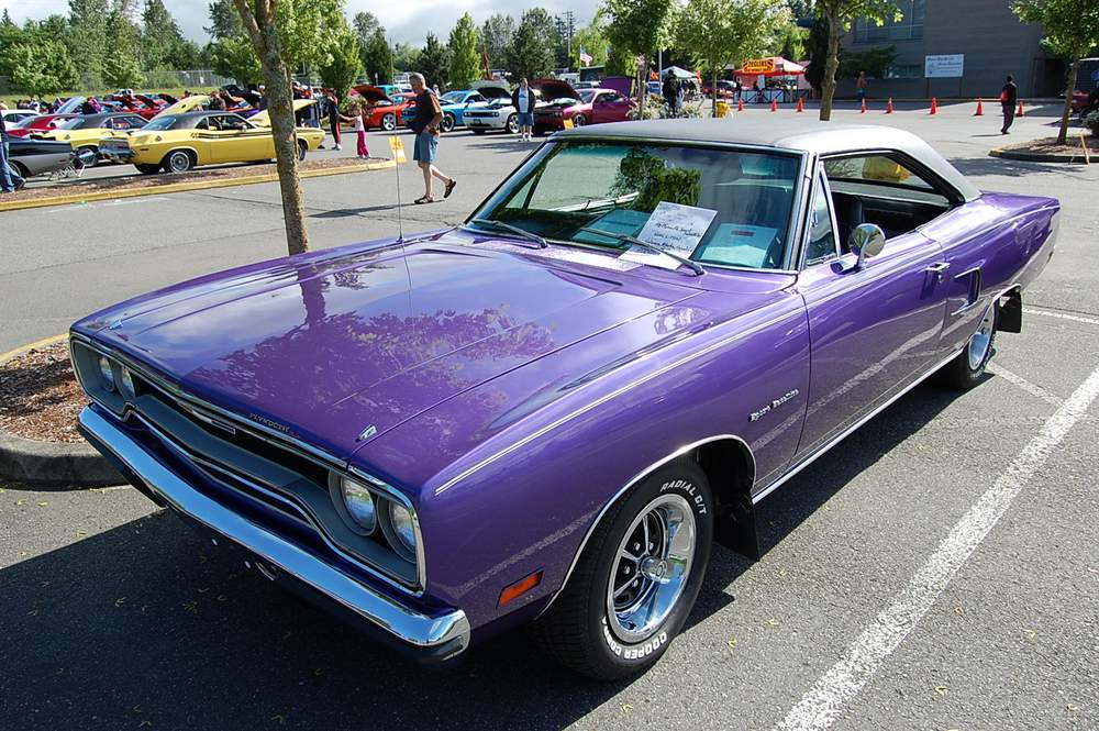 purple-1970-plymouth-satellite-001