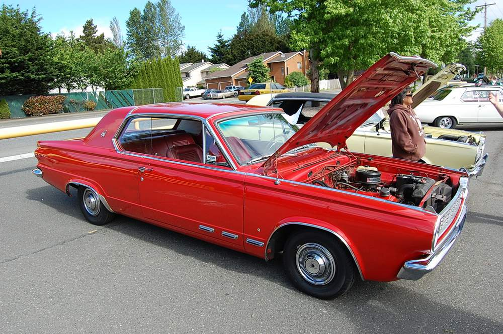 red-Dodge-Dart