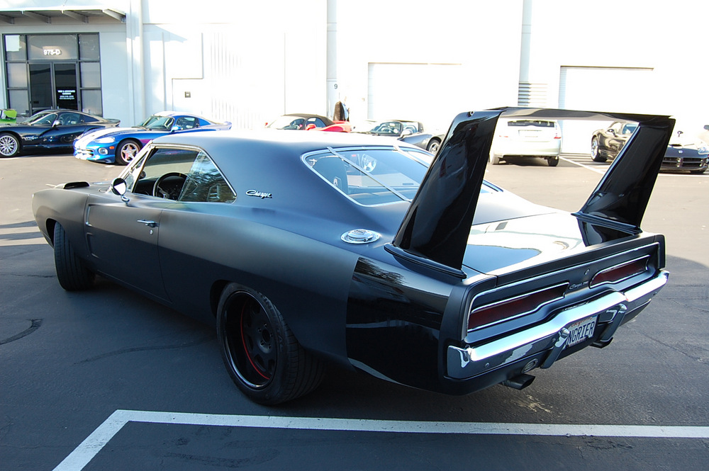1969-Dodge-Charger-Daytona-Angrier-2