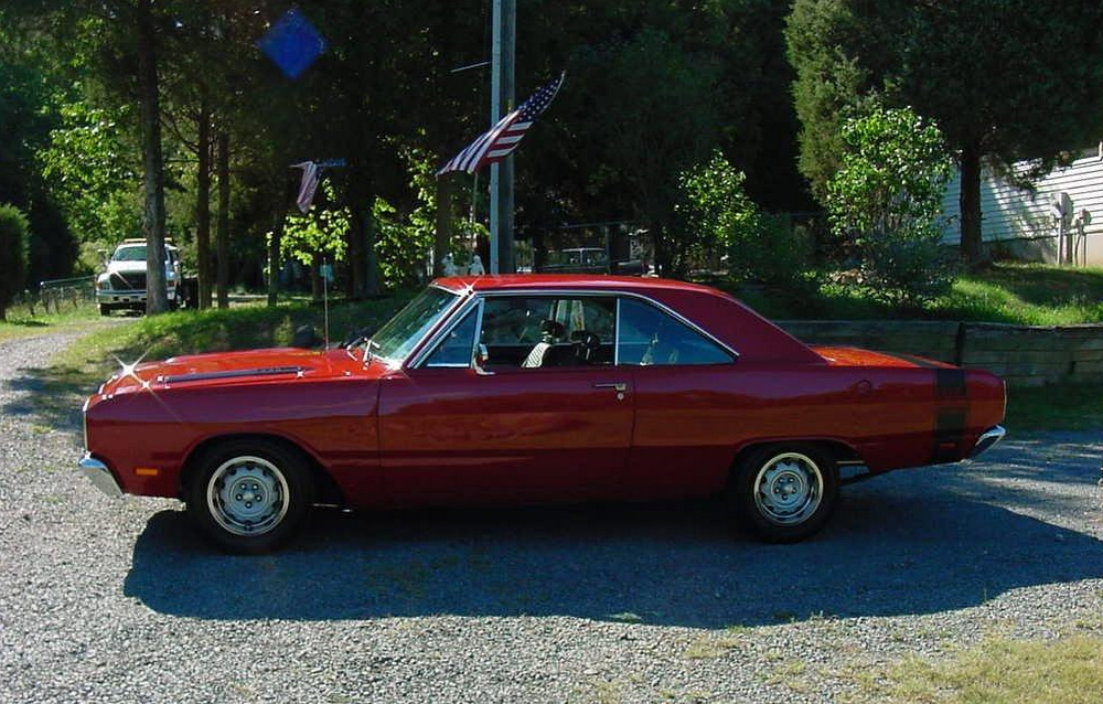 1969-Dodge-Dart-GTS-red-3