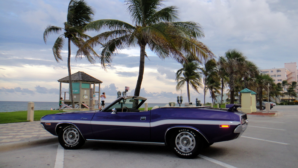 1970-Dodge-Challenger-Convertible-purple-2