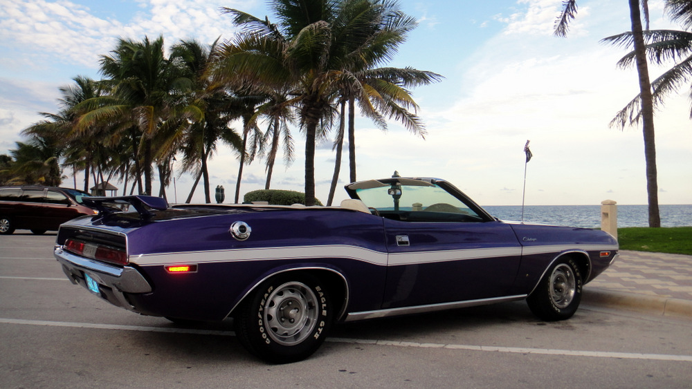 1970-Dodge-Challenger-Convertible-purple-3