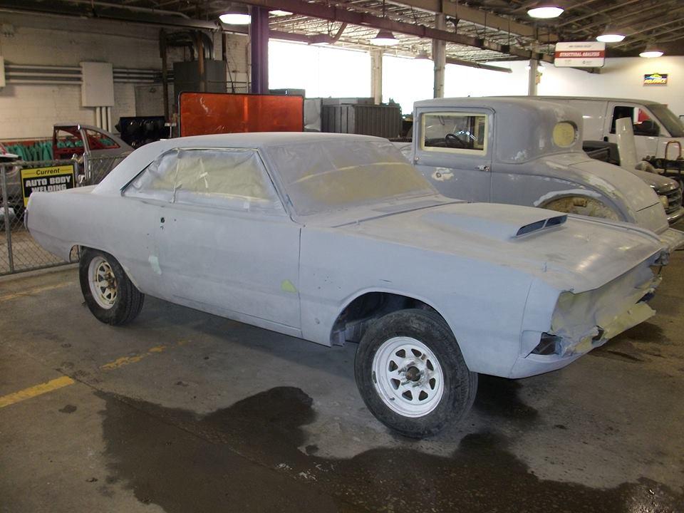 1972-Dodge-Dart-Swinger-Primer