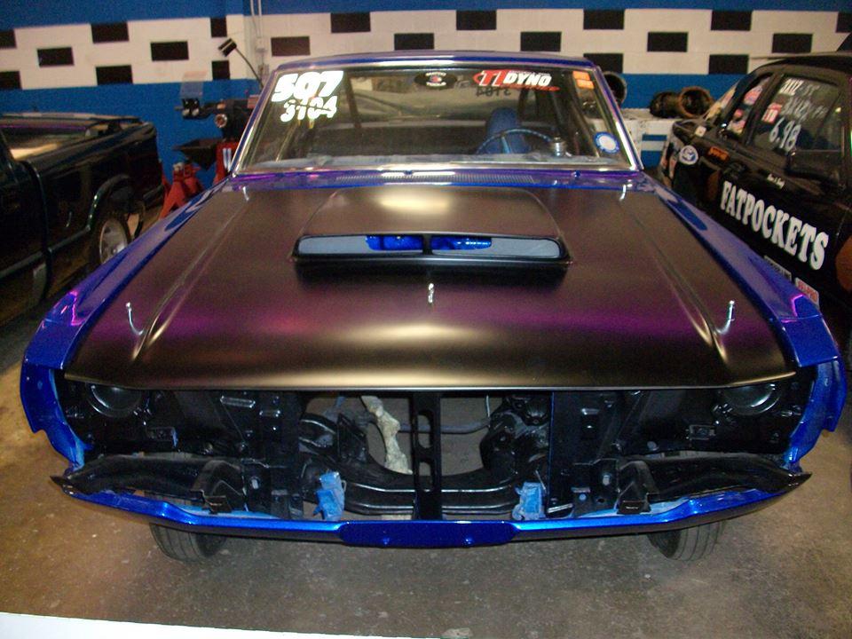 1972-Dodge-Dart-Swinger-paint