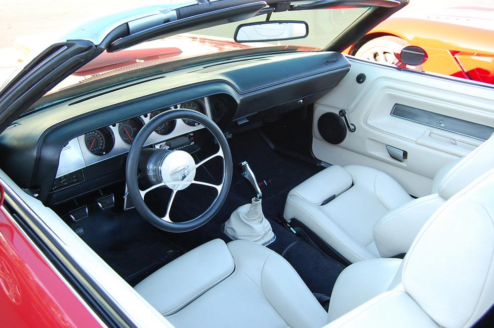 Challenger-convertible-interior