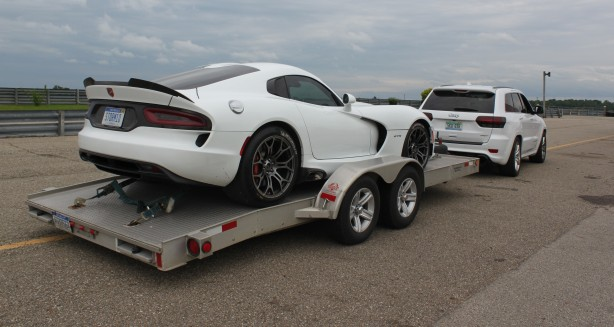 SRT-Viper-at-Gingerman-Raceway