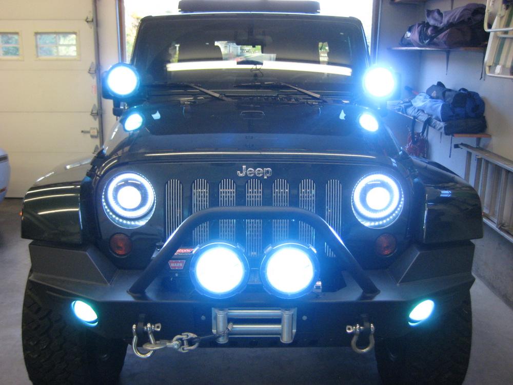 2011-Jeep-Wrangler-Sahara-3