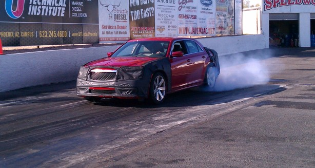 300-SRT-drag-strip