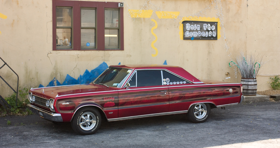 1966-Plymouth-Satellite-side