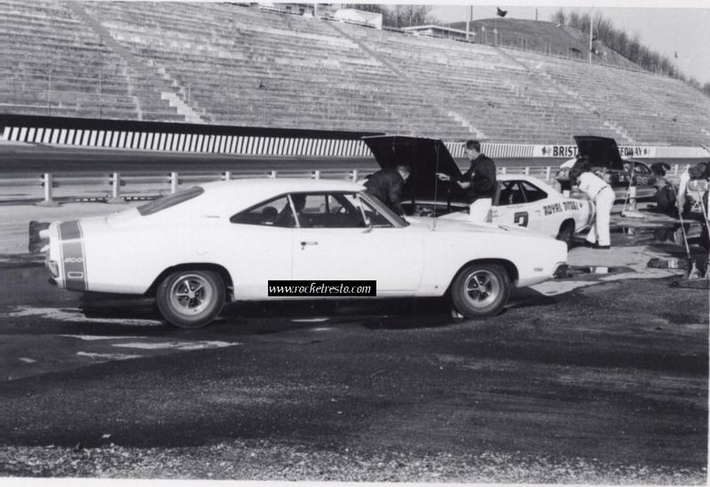 1969-Dodge-Charger-500-Buddy-Baker-Bristol