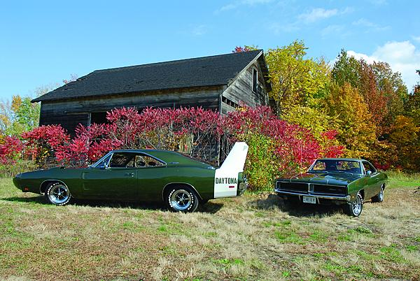 1969-Dodge-Chargers-pair