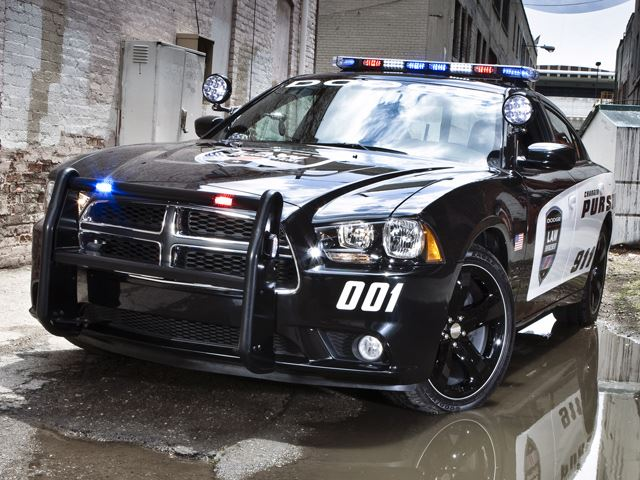 The Charger Pursuit is Officially the Fastest Cop Car | Mopar Blog