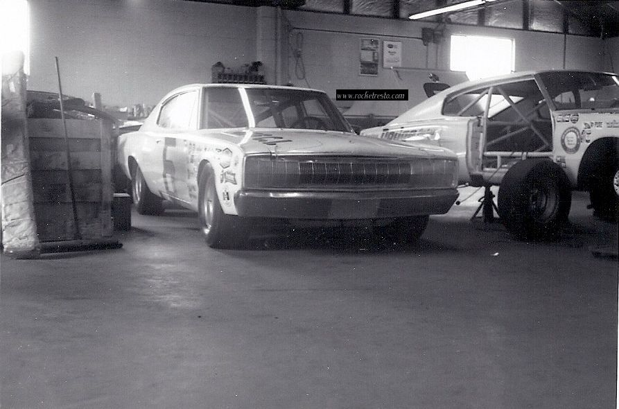 1966-Dodge-Charger-NASCAR_Cotton_Owens_Garage