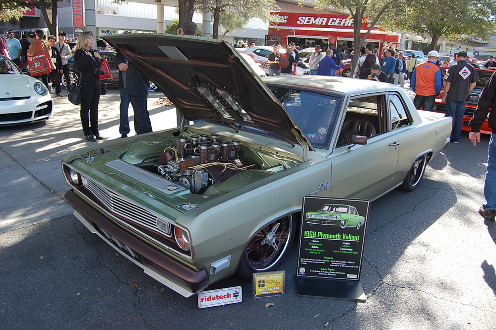 1969-Plymouth-Valiant-SEMA-1
