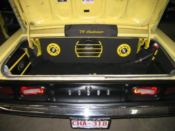 1974-Dodge-Challenger-2
