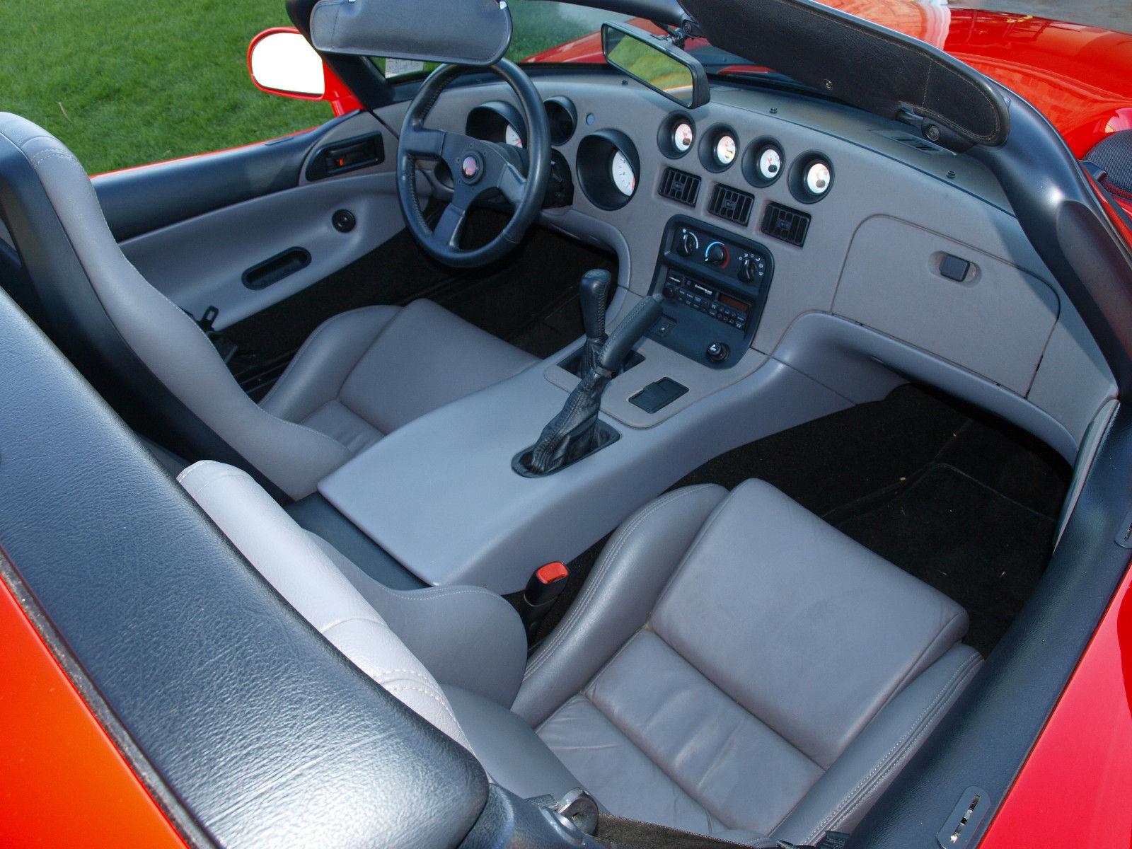 1994-Dodge-Viper-Interior