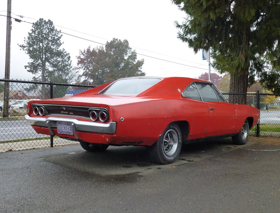 1968-Dodge-Charger-rear-3qtr