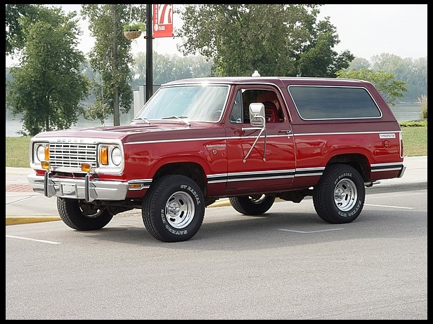 1978-Dodge-Ramcharger-3qtr