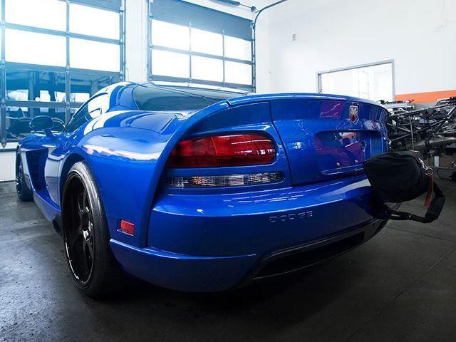 2006-Dodge-Viper-SRT10-rear