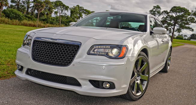 2014 chrysler 300 srt review mopar blog. Cars Review. Best American Auto & Cars Review