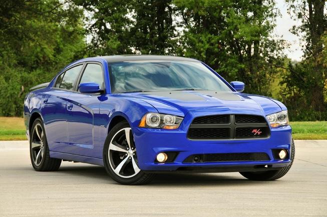 2013-Dodge-Charger-Daytona