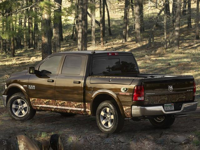 2014-Ram-1500-Mossy-Oak-Edition-side