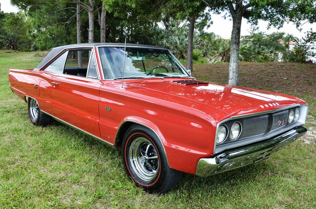 1967-Dodge-Coronet-TR-red