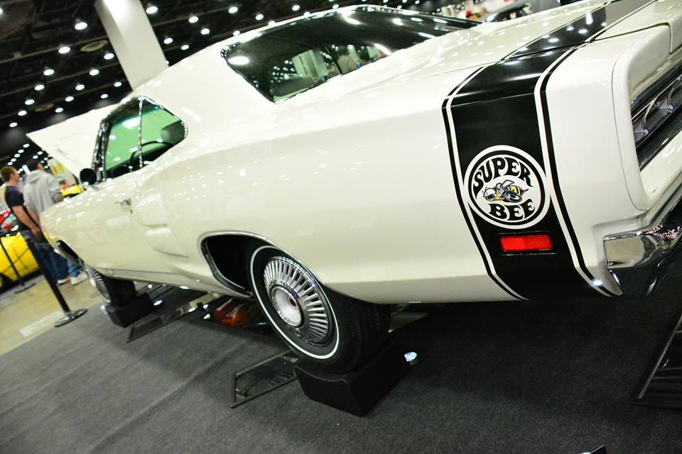 1969-Dodge-HEMI-Super-Bee-2