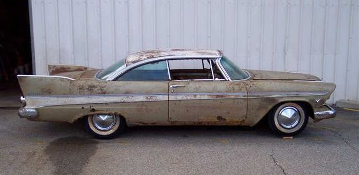 1957-Plymouth-Belvedere-Miss-Belvedere-side