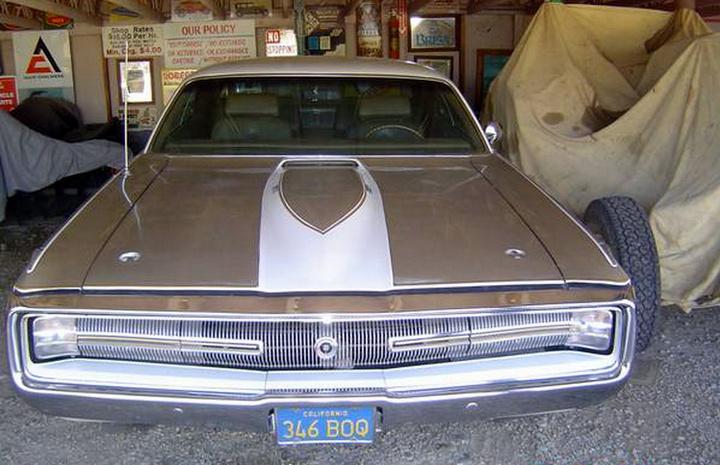 1970-Chrysler-300-Hurst-front