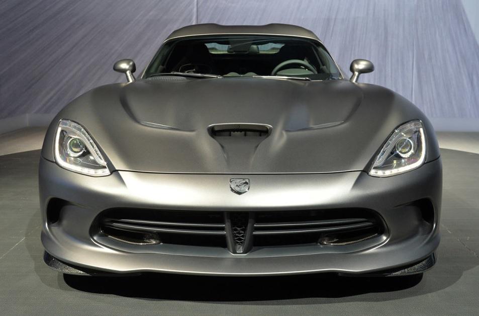 SRT-Viper-Anndized-Carbon-Special-Edition-TA-front