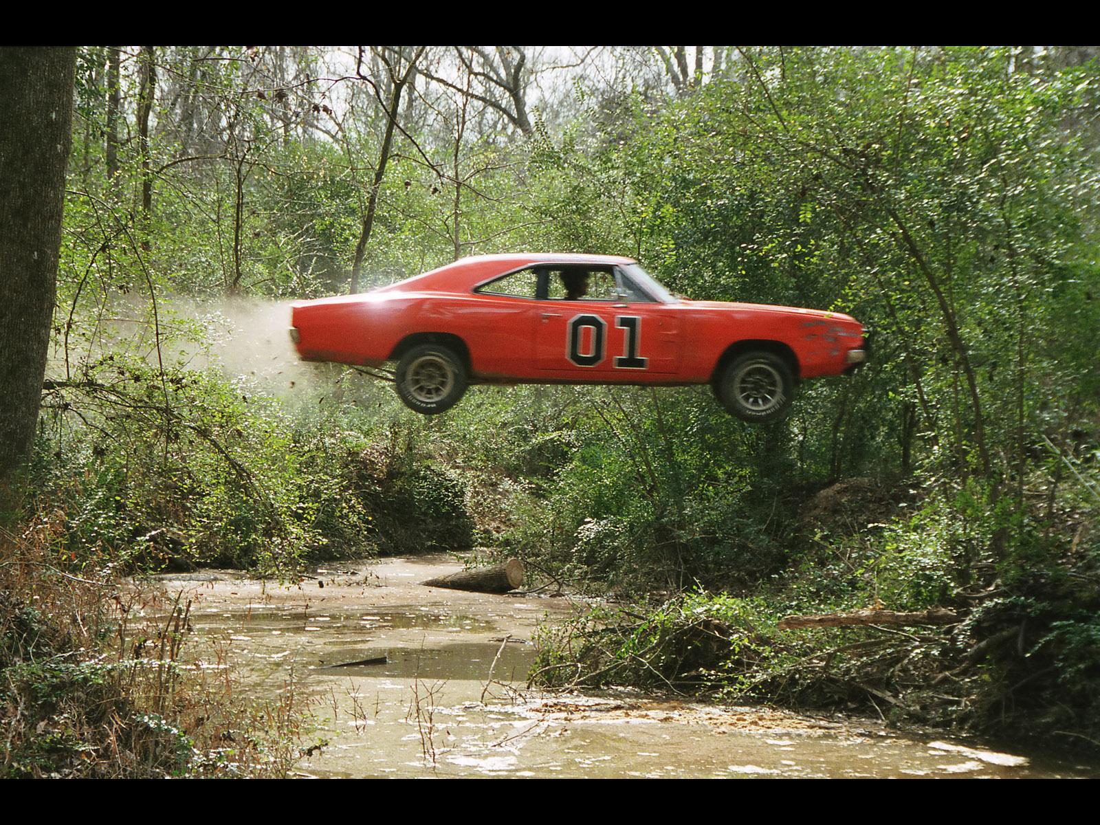 1969-Dodge-Charger-General-Lee-Jump-Swamp
