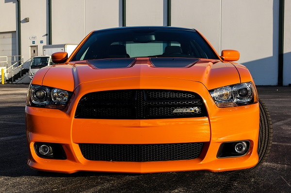2014 dodge charger srt8 super bee mopar blog. Black Bedroom Furniture Sets. Home Design Ideas