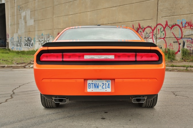 2014-Dodge-Charger-RT-rear