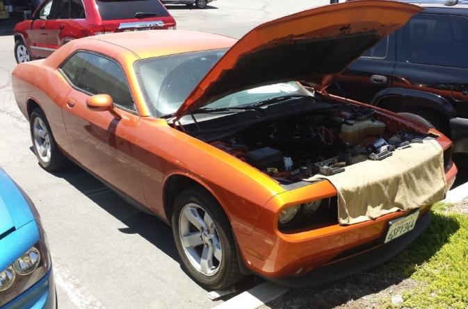 Dodge-Challenger-Hemi