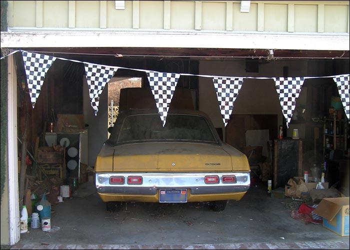 Dodge-Dart-Swinger-rear