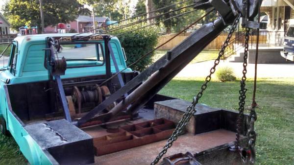1963 Dodge Wrecker on Craigslist | Mopar Blog