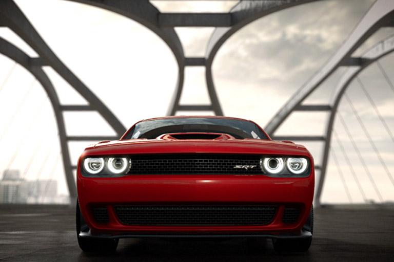 2015-Dodge-Challenger-Hellcat
