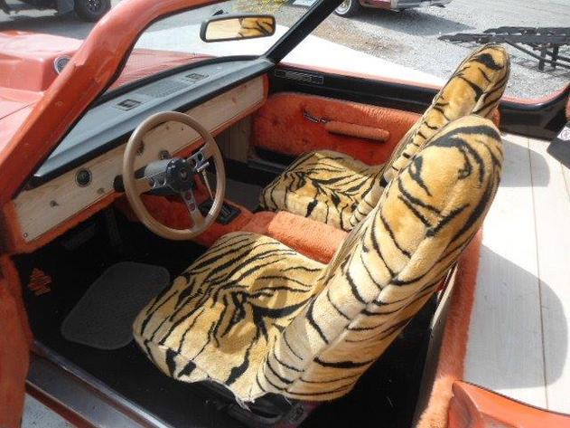 1965-Dodge-Dart-interior
