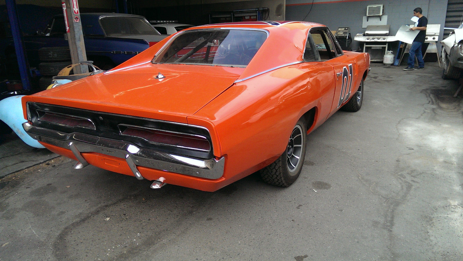 1969-Dodge-Charger-Auto-Trader-15